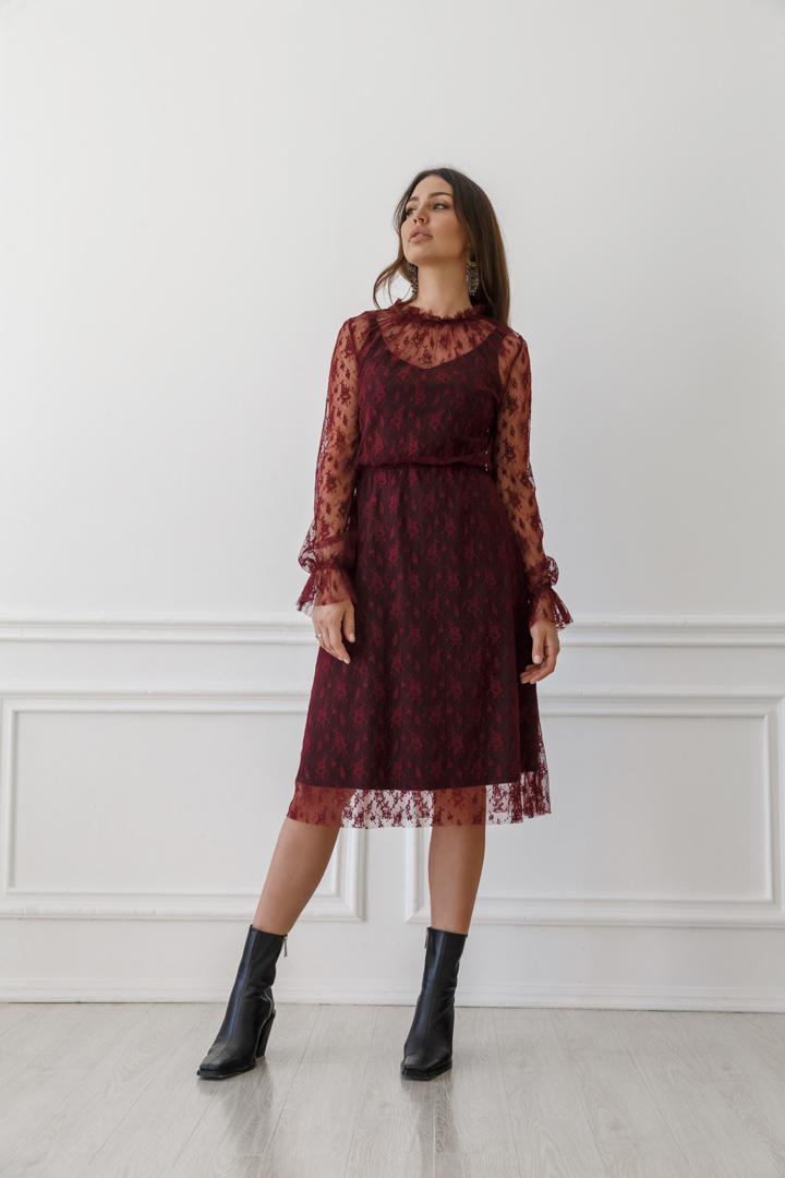 Lace midi dress with long sleeves Paris wine red